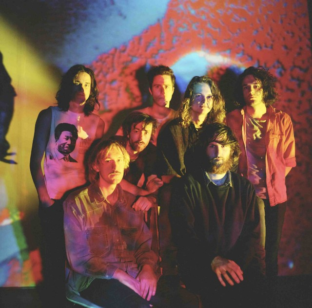 "Nieuwe singles King Gizzard & The Lizard Wizard – ""Beginners Luck"" & ""All Is Known"""
