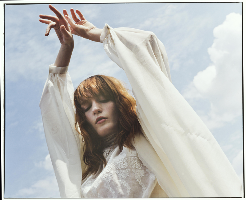 "Nieuwe single Florence + The Machine – ""Sky Full of Song"""