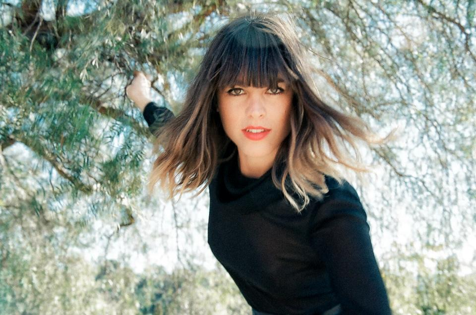"Nieuwe single Melody's Echo Chamber – ""Cross My Heart"""