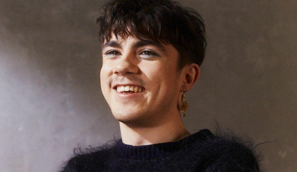"""Nieuwe single Declan McKenna – """"Daniel, You're Still a Child"""""""