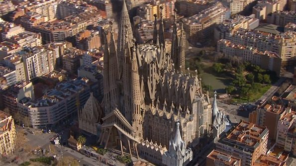 we-build-tomorrow-sagrada-familia3