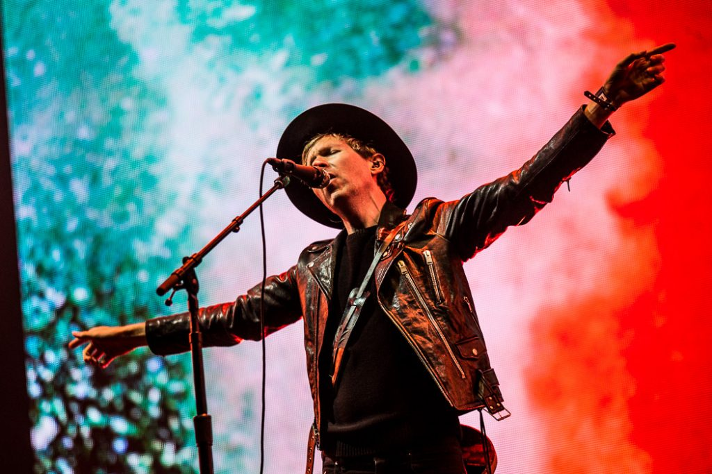 "Nieuwe single Beck – ""Saw Lightning"""