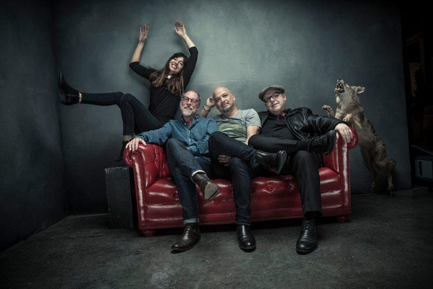 Lokerse Feesten dag 1: Twee duo's, een miljonair en Pixies