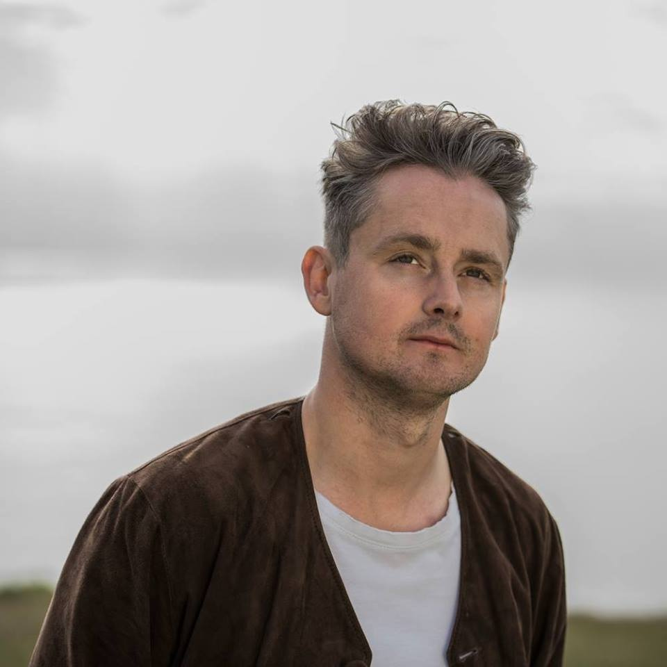 "Nieuwe single Tom Chaplin – ""Quicksand"""