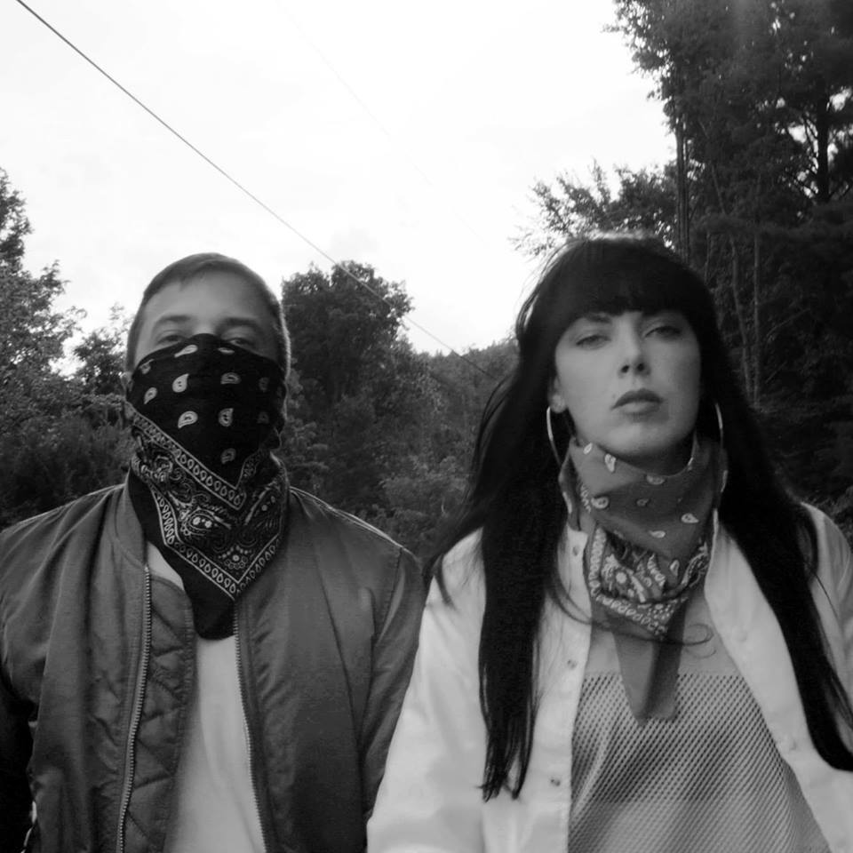 "Nieuwe single Sleigh Bells – ""It's Just Us Now"""