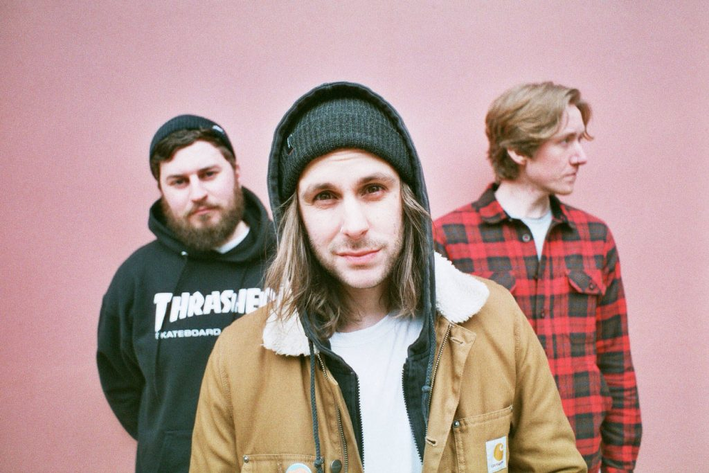 "Nieuwe single Black Foxxes – ""Whatever Lets You Cope"""