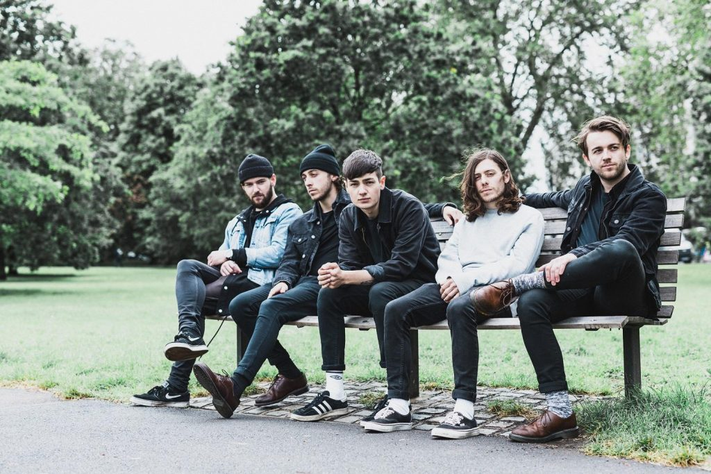 "Nieuwe single Boston Manor – ""Lead Feet"""