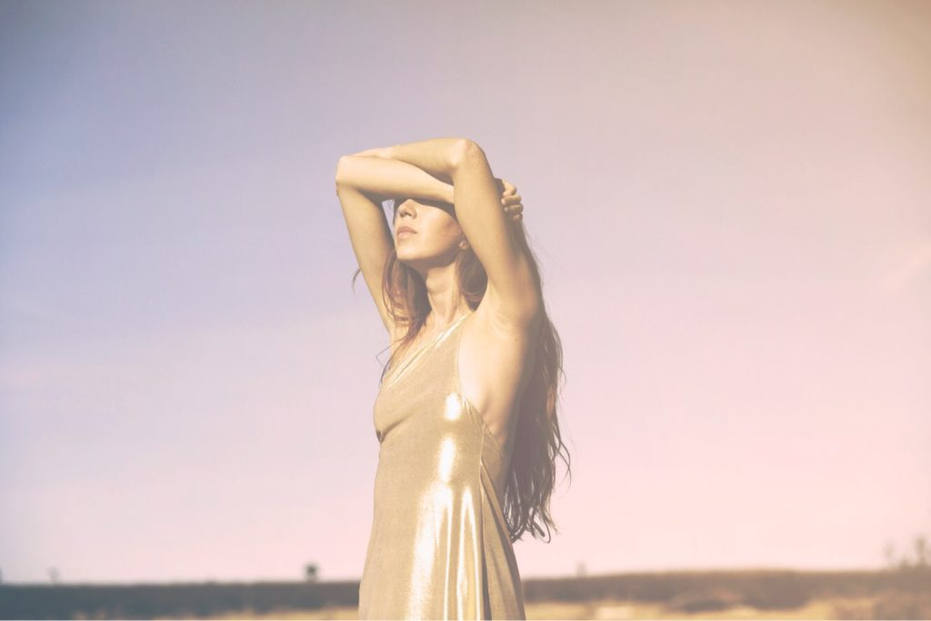 """Nieuwe single Ella Vos – """"Down In Flames"""""""