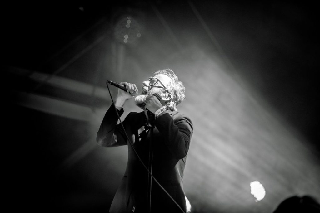 "Nieuwe single Matt Berninger – ""Distant Axis"""