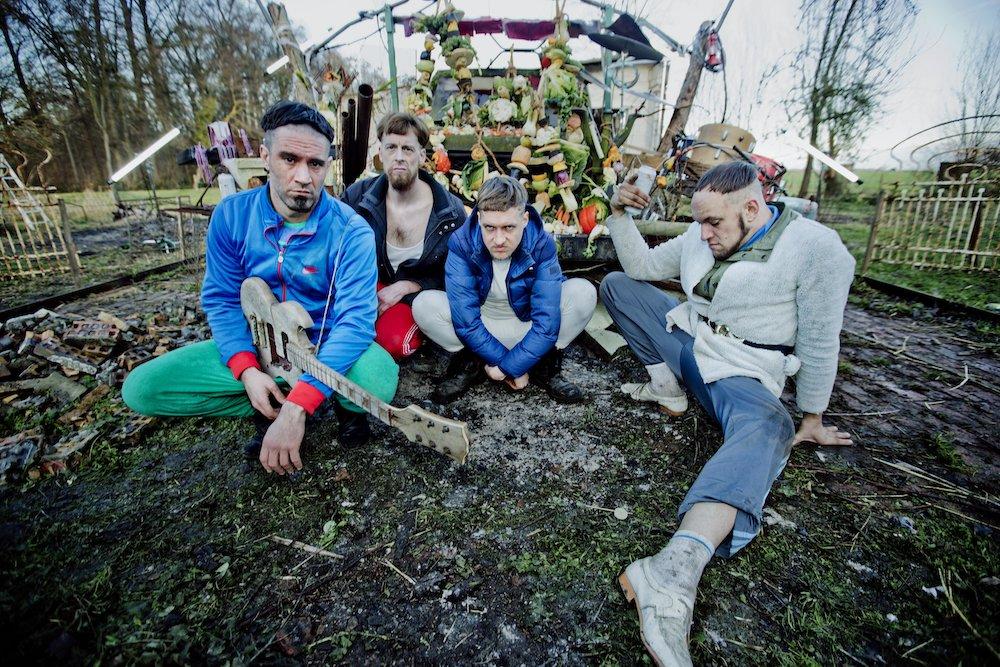 Raketkanon @ Botanique: Rivaliseren met de albumversie