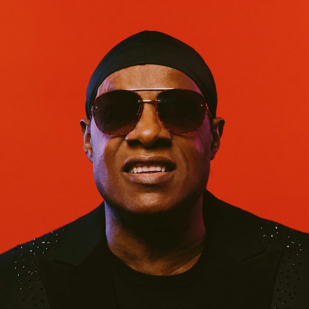 """Nieuwe singles Stevie Wonder – """"Can't Put It in The Hands of Fate"""" (feat. Rapsody, Cordae, Chika & Busta Rhymes) & """"Where Is Our Love Song"""" (feat. Gary Clark Jr.)"""