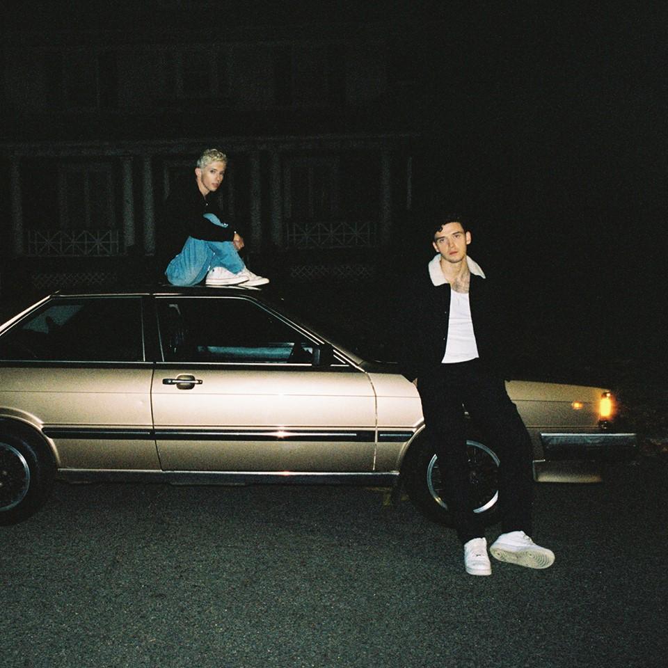 "Nieuwe single Lauv & Troye Sivan – ""i'm so tired…"""