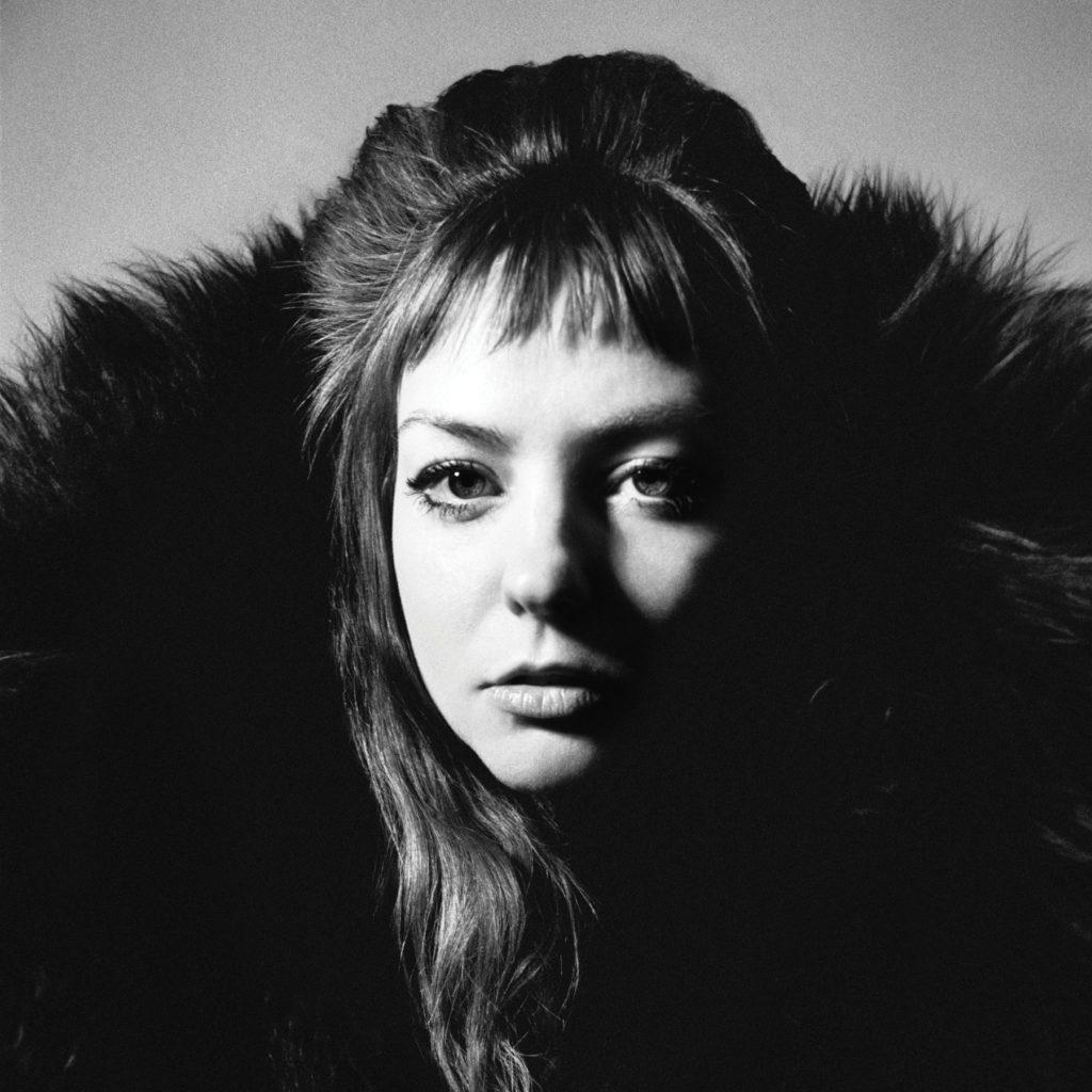 Angel Olsen @ De Roma: Raven zijn trekvogels