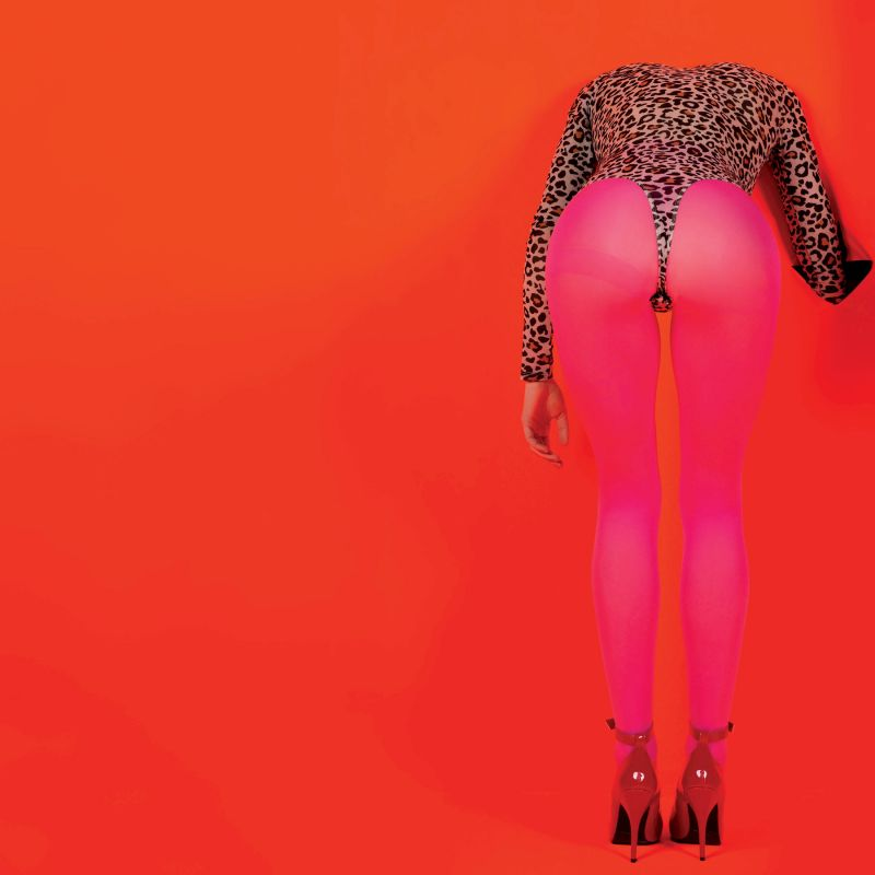 St. Vincent – Masseduction (★★★★½): Met uitgelopen make-up in de spiegel staren
