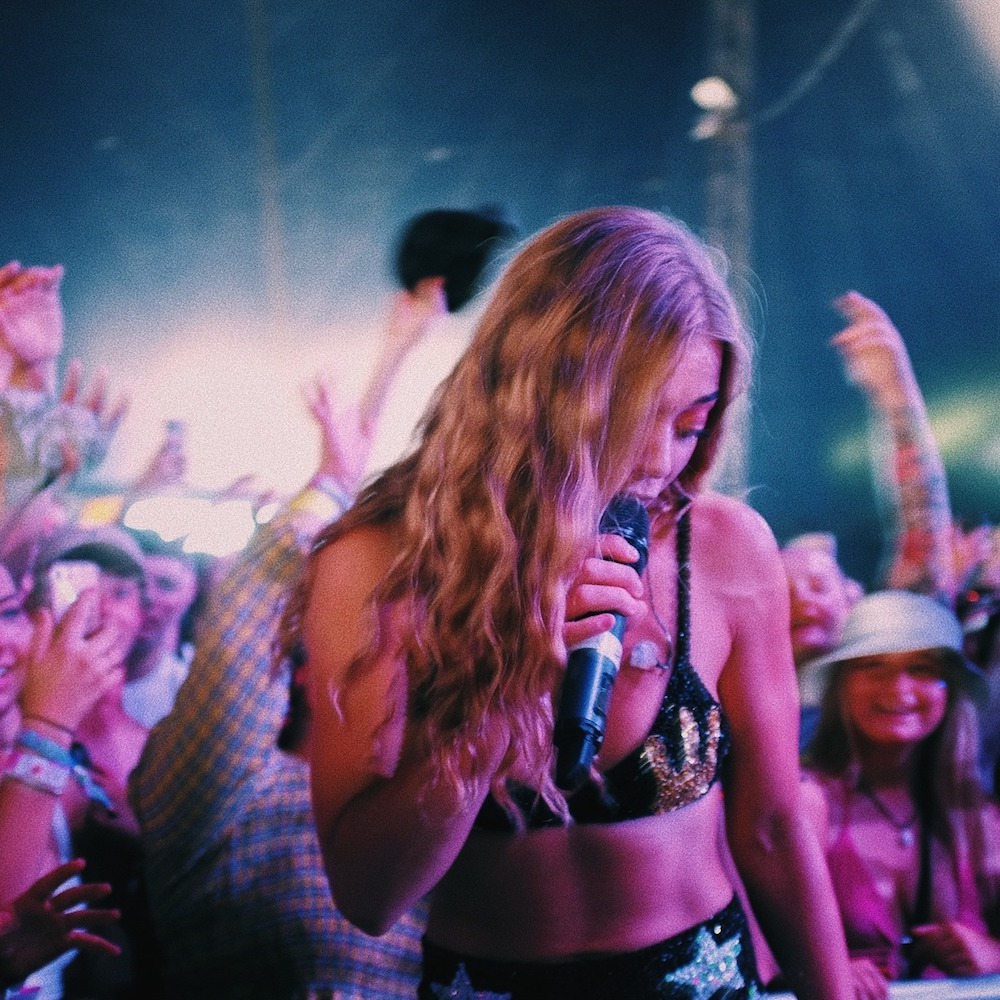 """Nieuwe single Becky Hill – """"Only You"""""""