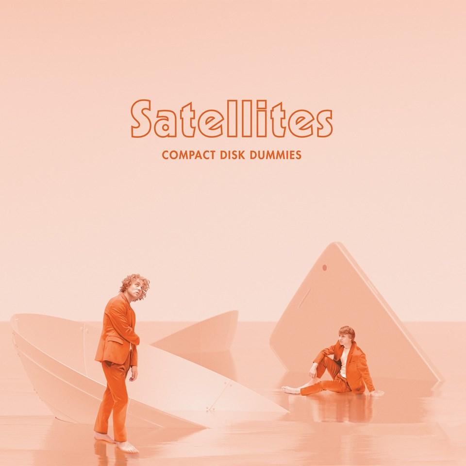 Compact Disk Dummies – Satellites (★★★½): Onmogelijk stilzitten
