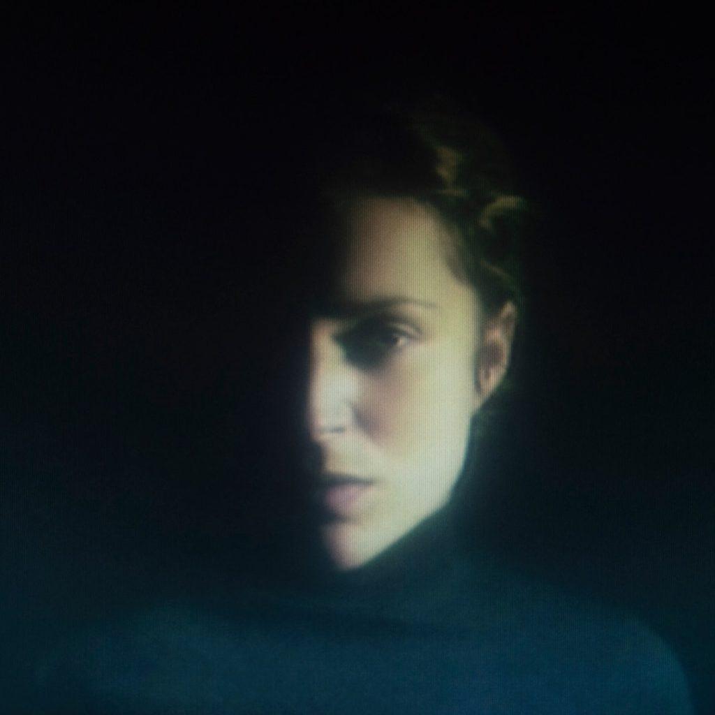 "Nieuwe single Agnes Obel – ""Island Of Doom"""