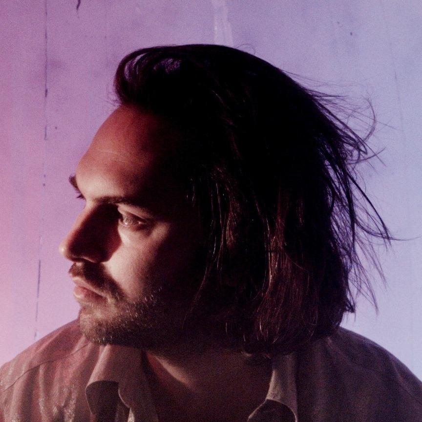 "Nieuwe single LA Priest – ""What Moves"""