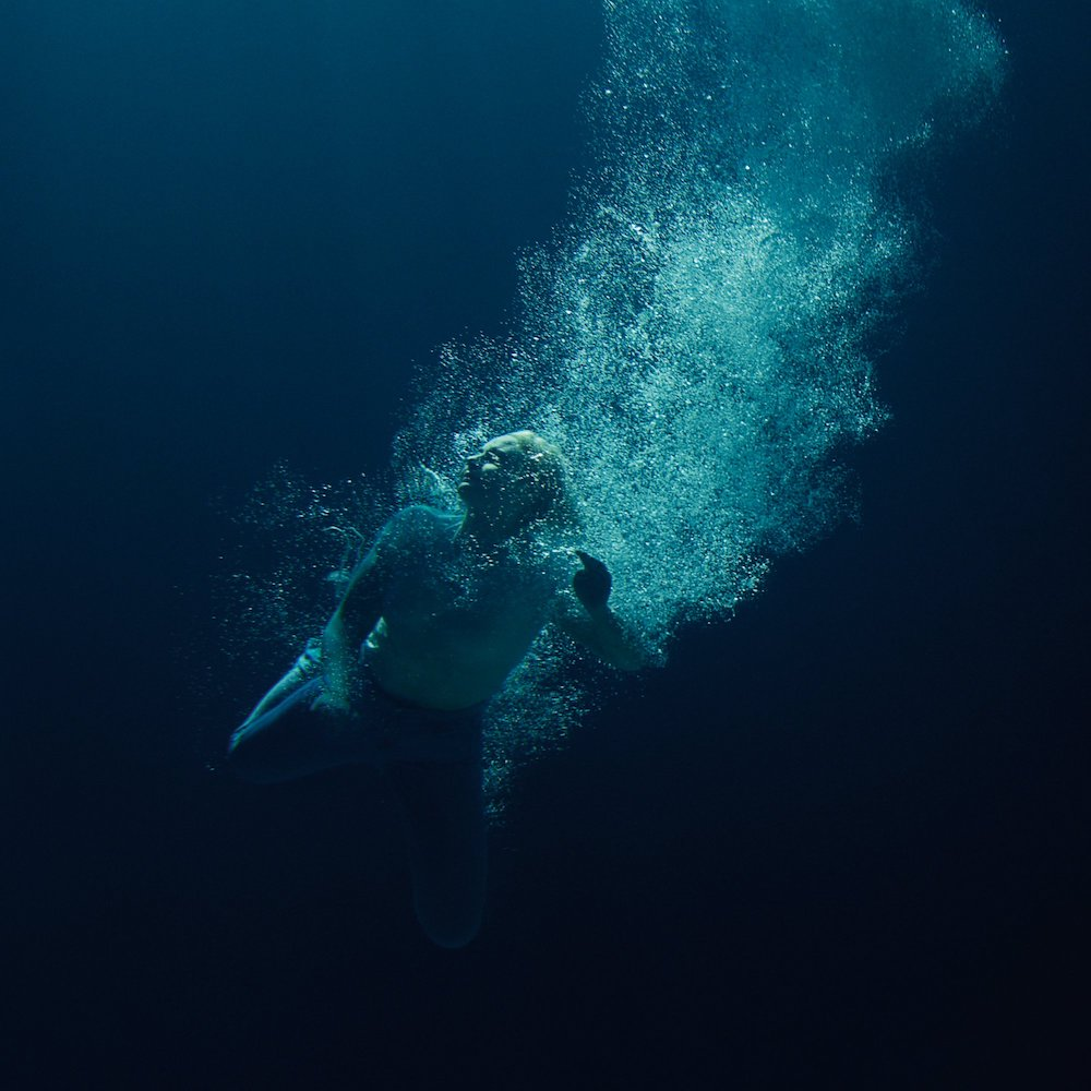 Låpsley – Through Water (★★★½): Een frisse duik