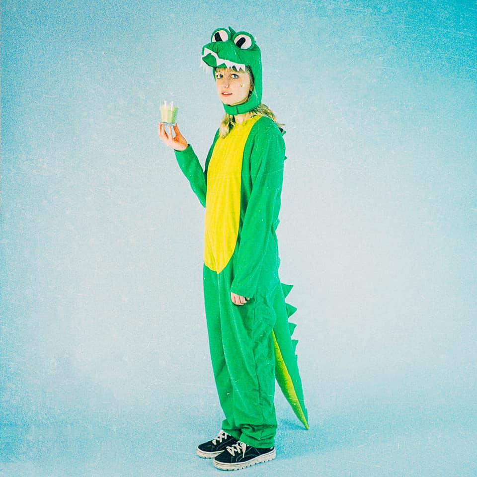 "Nieuwe single Abbie Ozard – ""Crocodile Tears"""