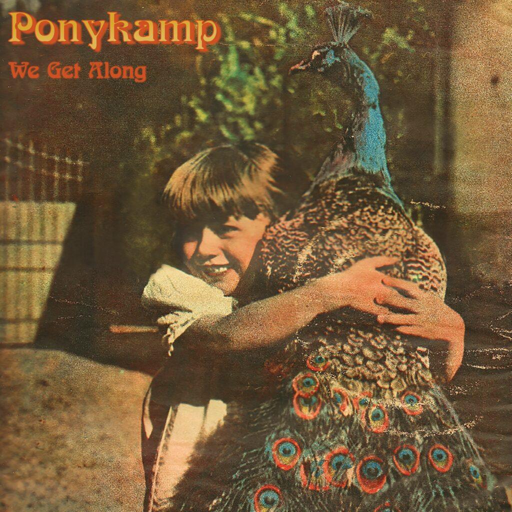Ponykamp – We Get Along (★★★): Onstuimig en levenslustig