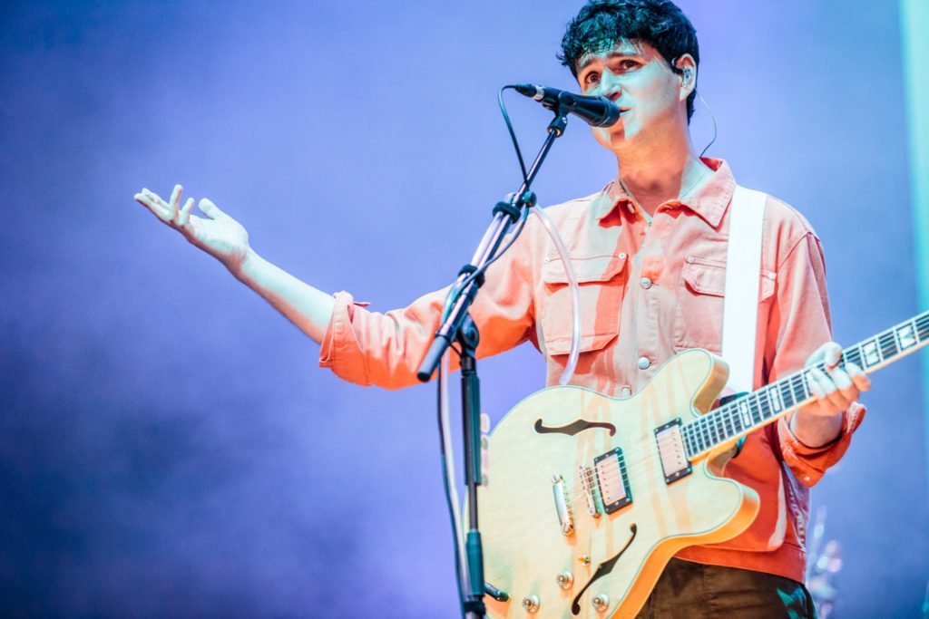 Vampire Weekend @ Down The Rabbit Hole 2019: De regenboog als leidraad