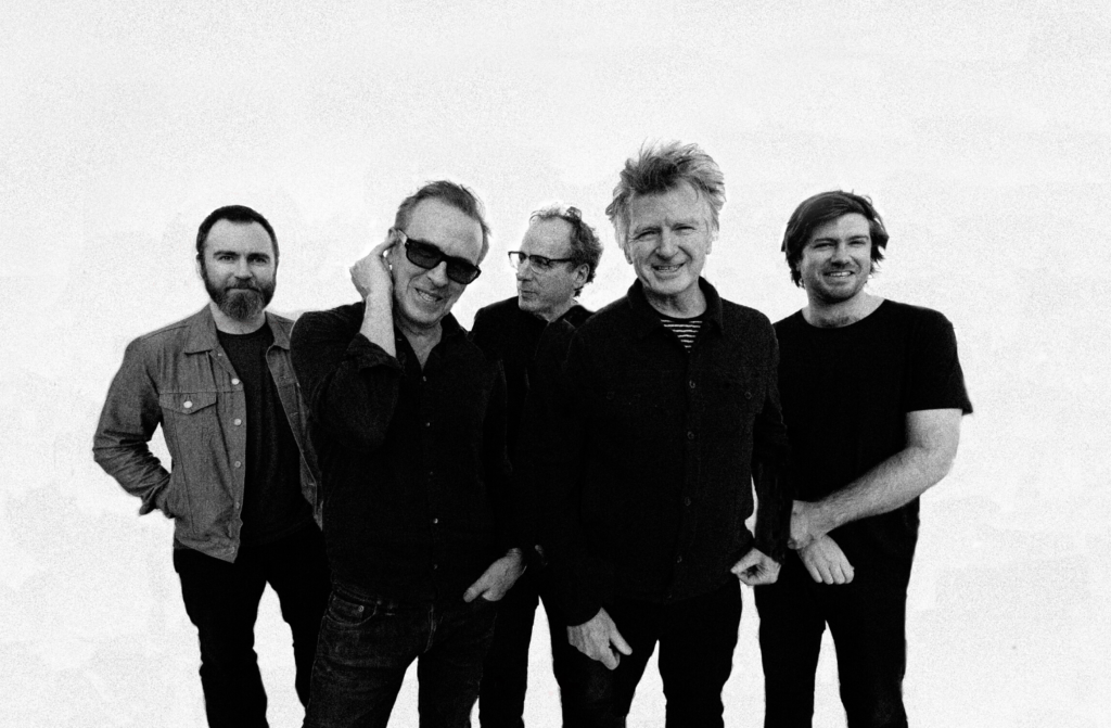 """Nieuwe single Crowded House – """"Whatever You Want"""""""