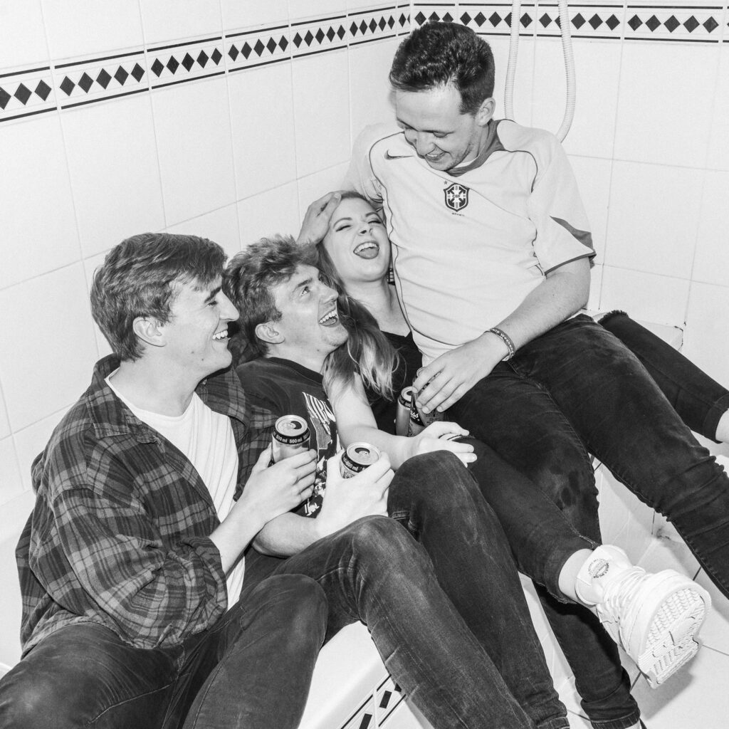 "Nieuwe single SPRINTS – ""Manifesto"""