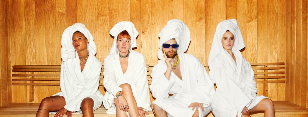 "Nieuwe single Icona Pop – ""Spa"" (feat. Sofi Tukker)"