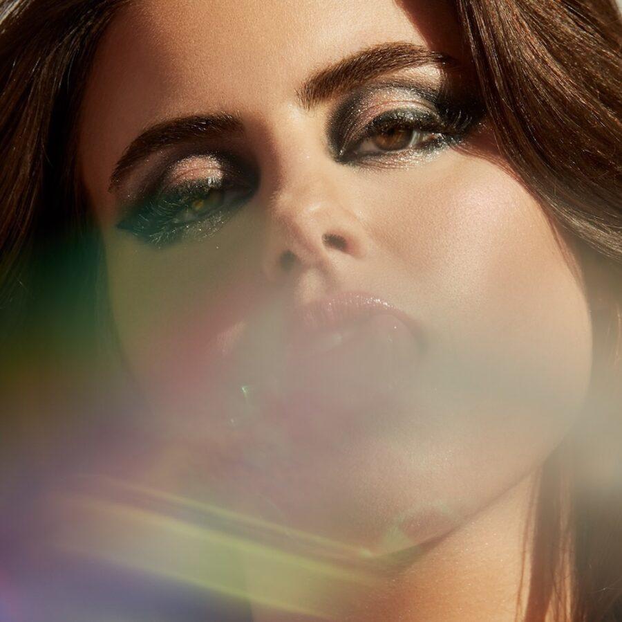"Nieuwe single Kiiara feat. PVRIS & DeathbyRomy – ""Numb"""