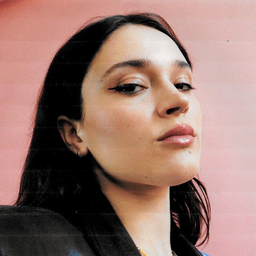 """Nieuwe single Lolo Zouaï – """"Alone With You"""""""