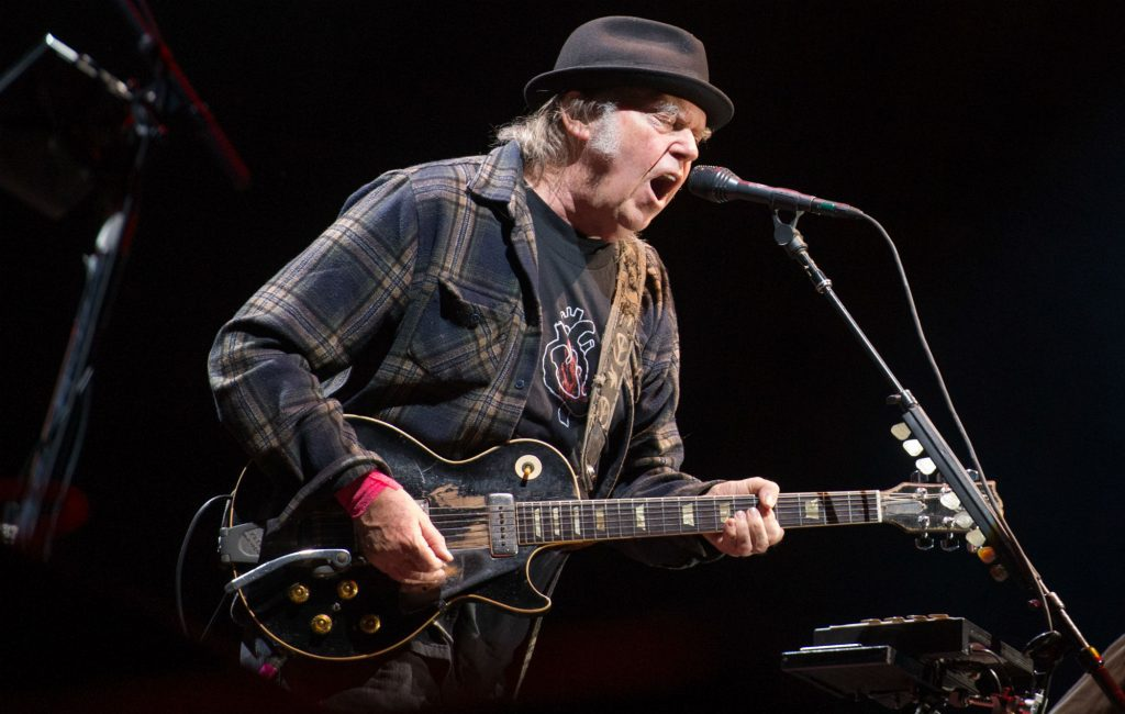 "Nieuwe single Neil Young & Crazy Horse – ""Milky Way"""