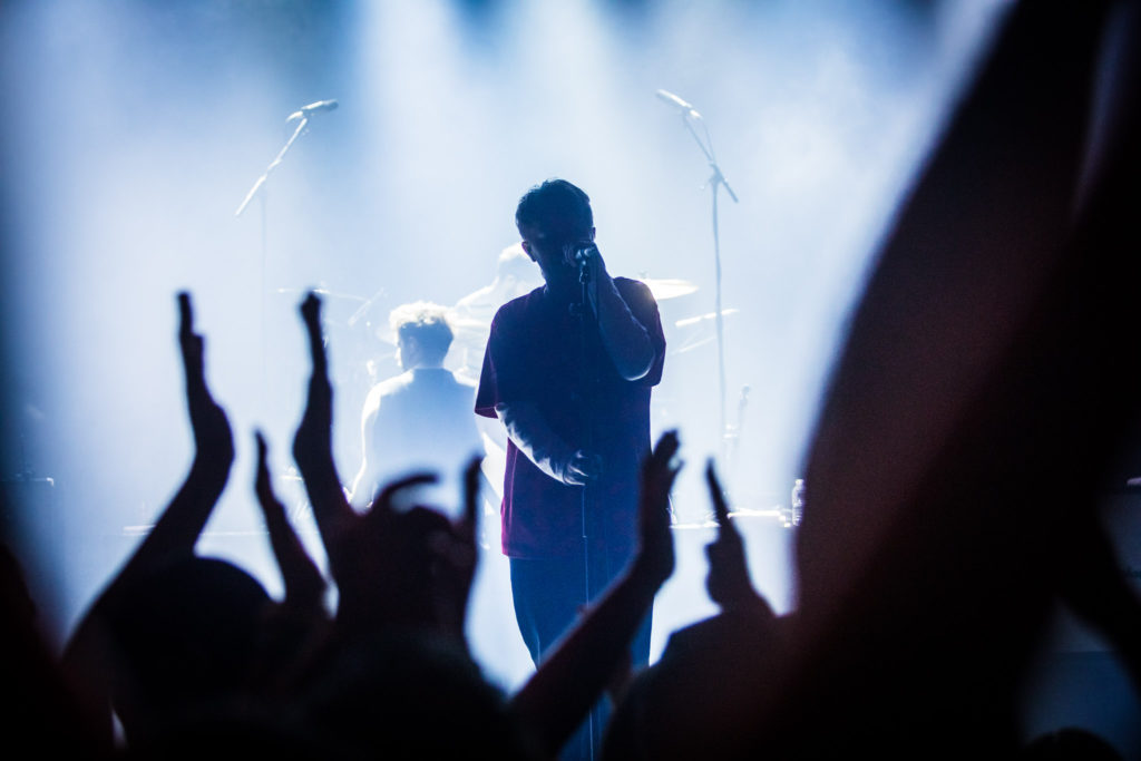 Nothing But Thieves in Ancienne Belgique: donkere schimmen met kraakheldere klanken