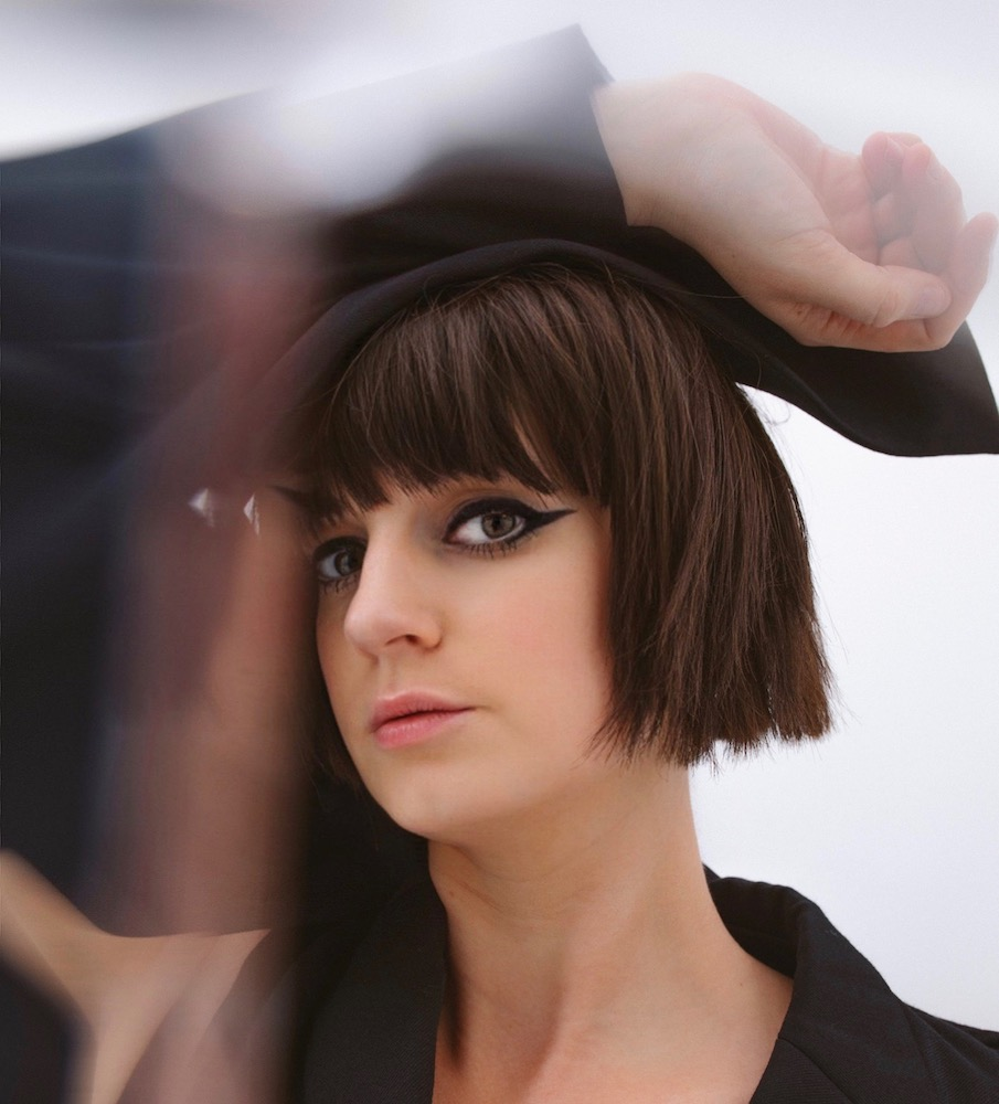 Interview Noémie Wolfs: 'Ik vind het superbelangrijk dat mensen hun eigen verhaal in andermans muziek kwijt kunnen'