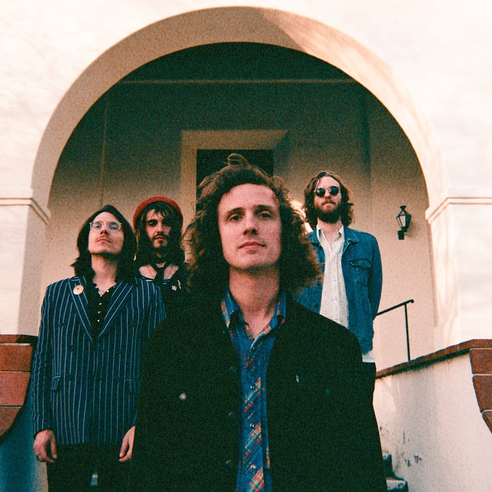 "Nieuwe singles Triptides – ""Nirvana Now"" & ""She Is Dressed in Red"""