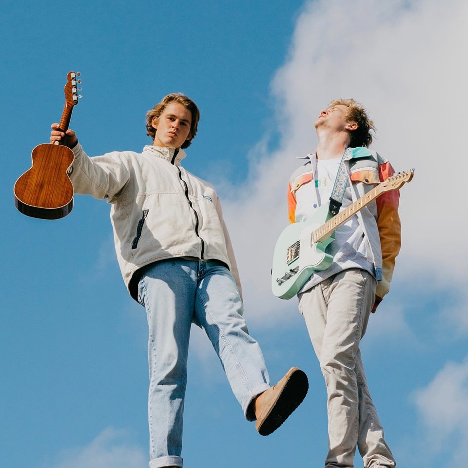 "Nieuwe single Surfaces feat. Elton John – ""Learn To Fly"""