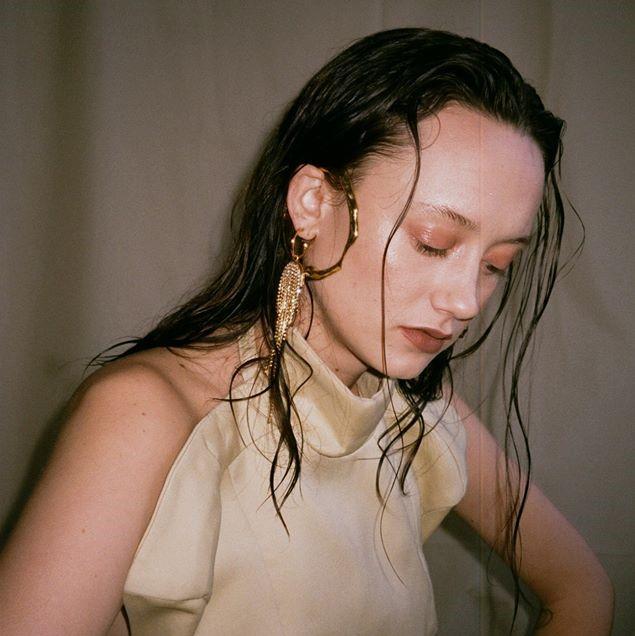 Interview Tessa Dixson: 'Mijn muziek is een representatie van hoe ik de wereld zie'
