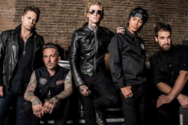 "Nieuwe single Buckcherry – ""Bent"""