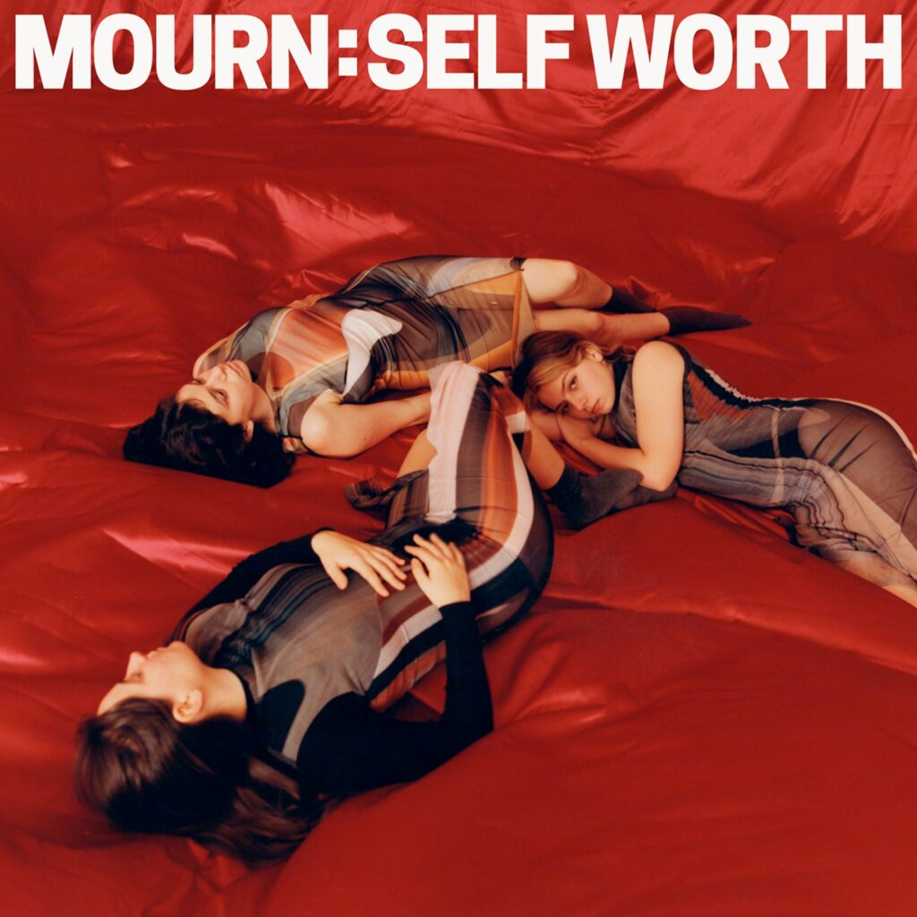 Mourn – Self Worth (★★★½): Kwetsbaar, maar met serieus wat stekels aan