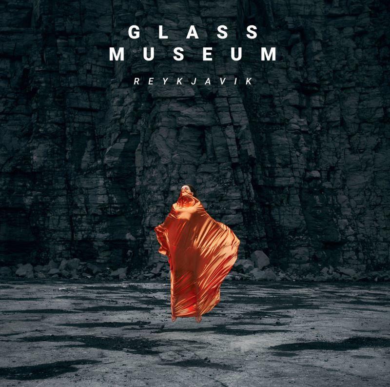 Glass Museum – Reykjavik (★★★½): Organische vlam