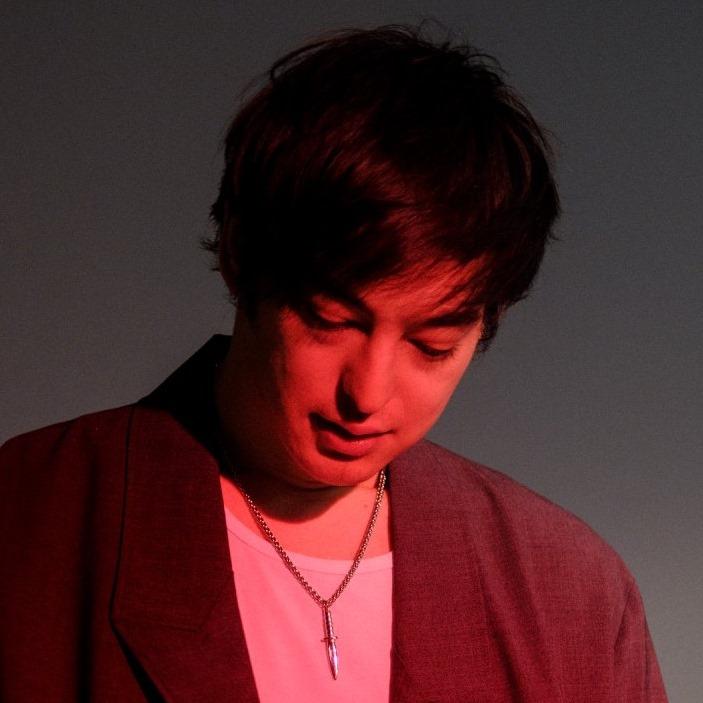 "Nieuwe single Joji – ""Gimme Love"""