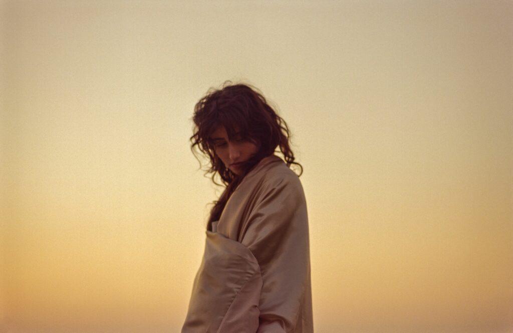 """Nieuwe single Naaz – """"Mute Love"""""""