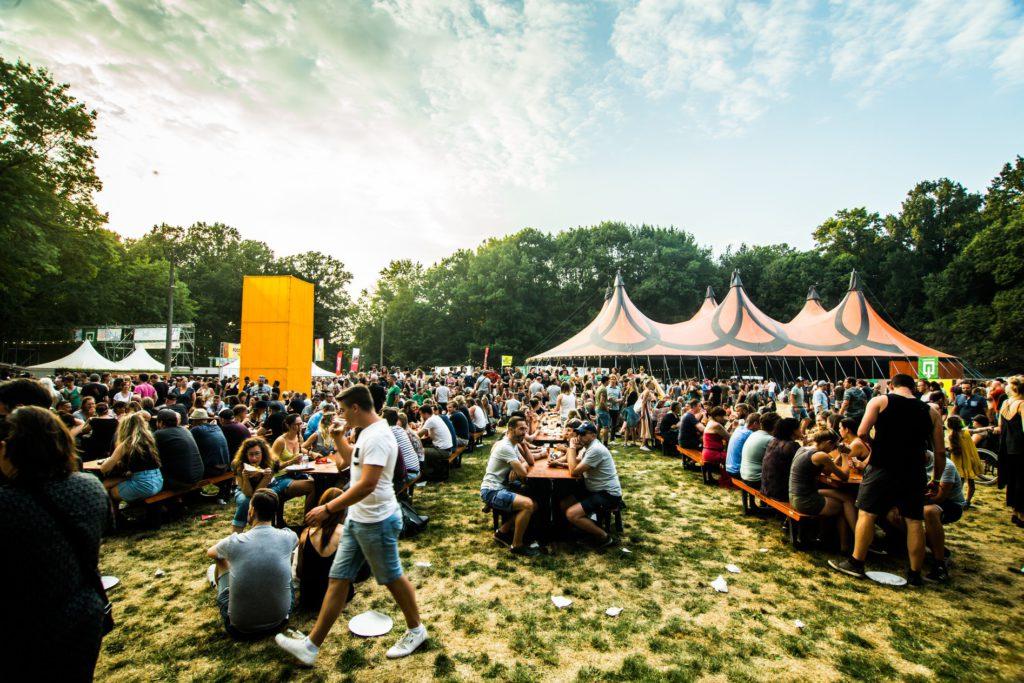 Rock Herk 2019 (Festivaldag 2): Perfecte mix van zware gitaren en vrolijke pop