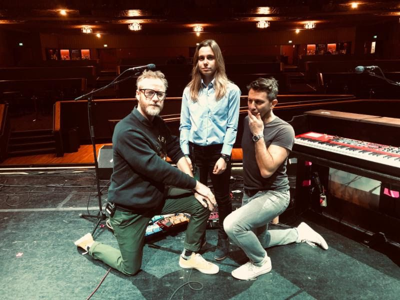 "Nieuwe single Matt Berninger, Julien Baker & Stephan Altman – ""All I Want"""