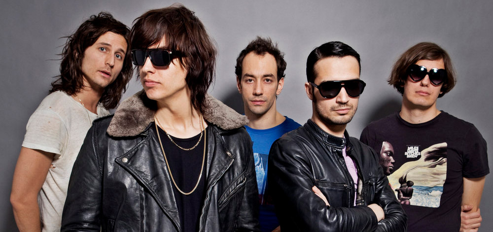"Nieuwe single The Strokes – ""At the Door"""