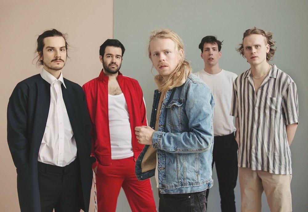 "Nieuwe single Kakkmaddafakka – ""Moonshine"""